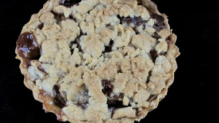 Apple Pie Tart with Crumble